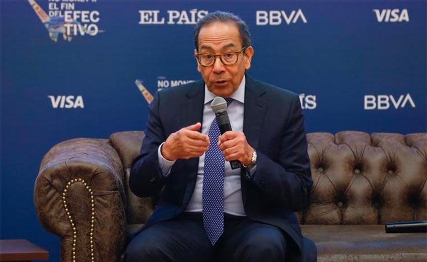 The CCE's Carlos Salazar Lomelín called on the government to allow deferring taxes.