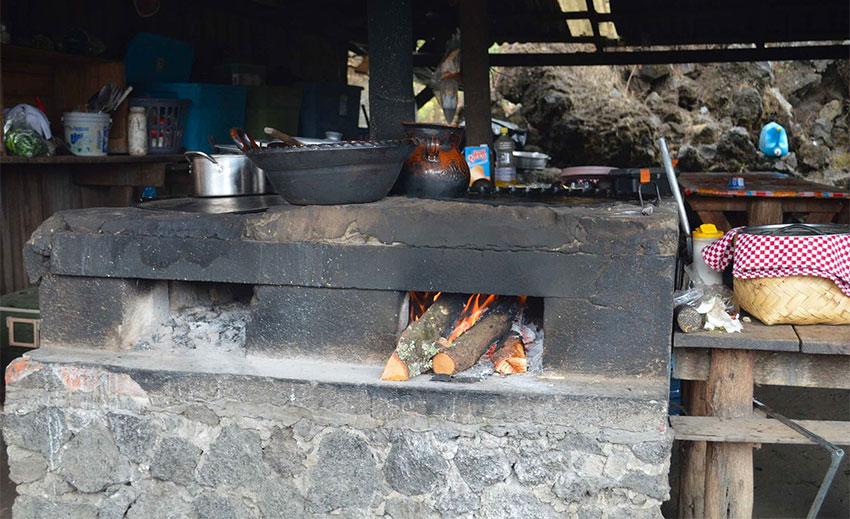 Traditional kitchen at a tourist stop near the San Juan Parangaricutiro church in Michoacan
