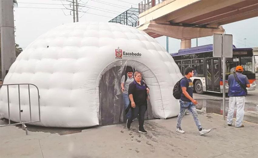 A disinfection tunnel in Escobedo, Nuevo León.