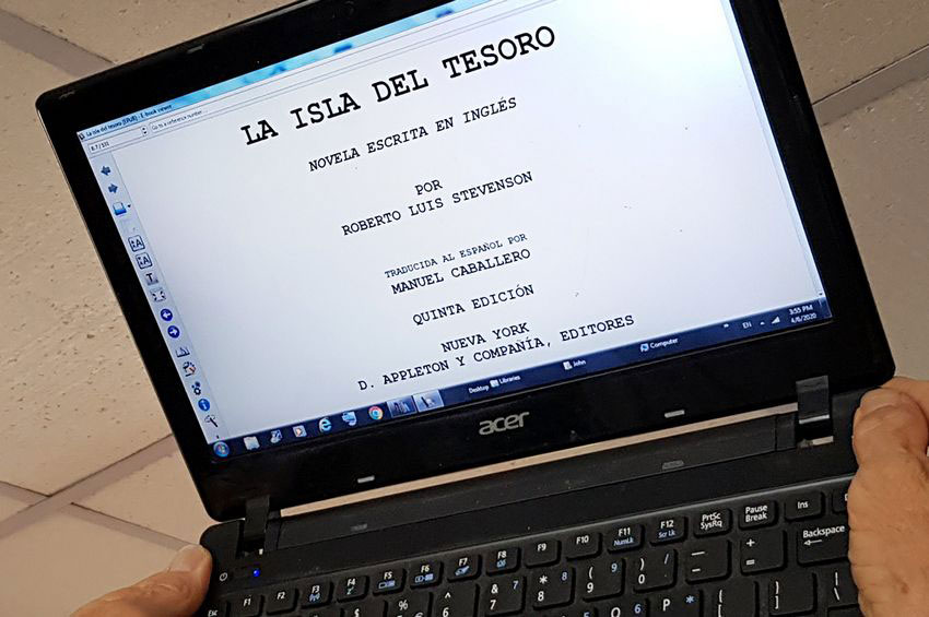 Install calibre in that old laptop and turn it into an e-reader!