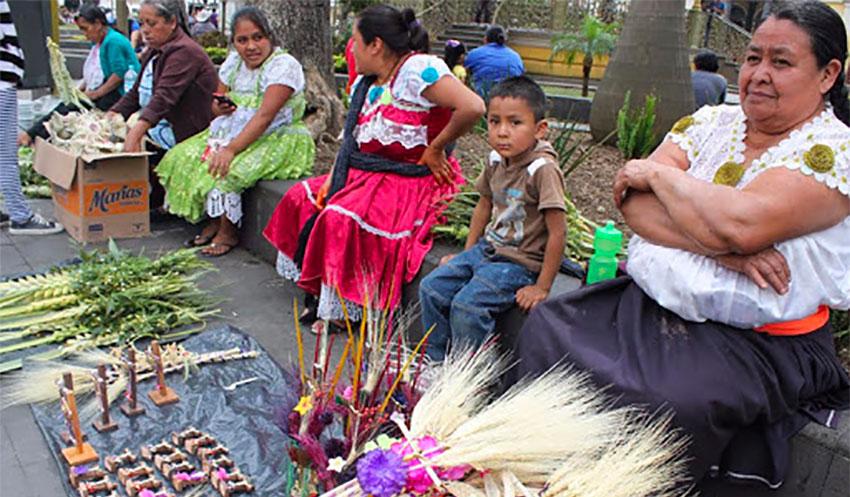 Street vendors in Veracruz