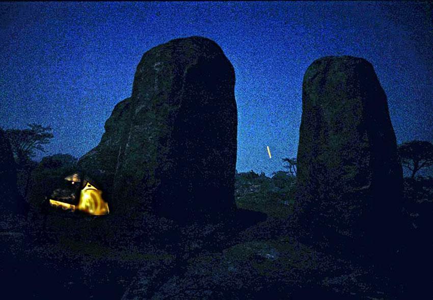 8—–sm-Camping-at-Night-in-Las-Aguilas