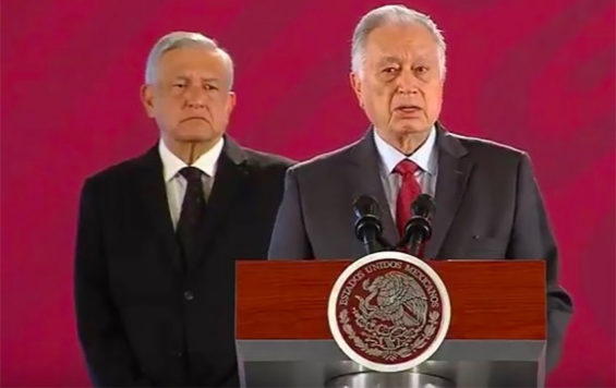CFE chief Manuel Bartlett speaks at a presidential press conference.