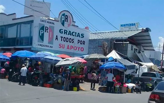 The outdoor market in Ixmiquilpan continues every Monday.