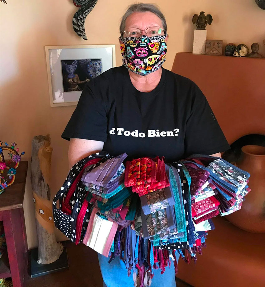 Karen Nein, fabricante de máscaras.