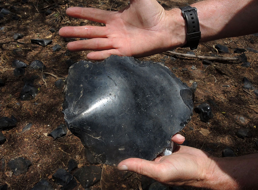 """Flat obsidian core is """"as thick as the calf of the leg."""""""