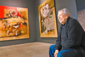 Manuel Felguérez at an exhibition of his work at the National Autonomous University two years ago.