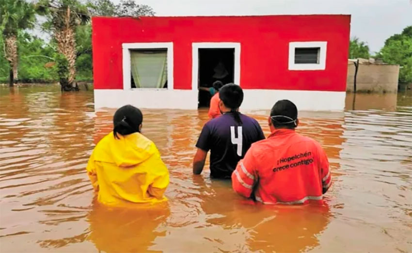Flooding in Campeche has forced 138 people to flee their homes.