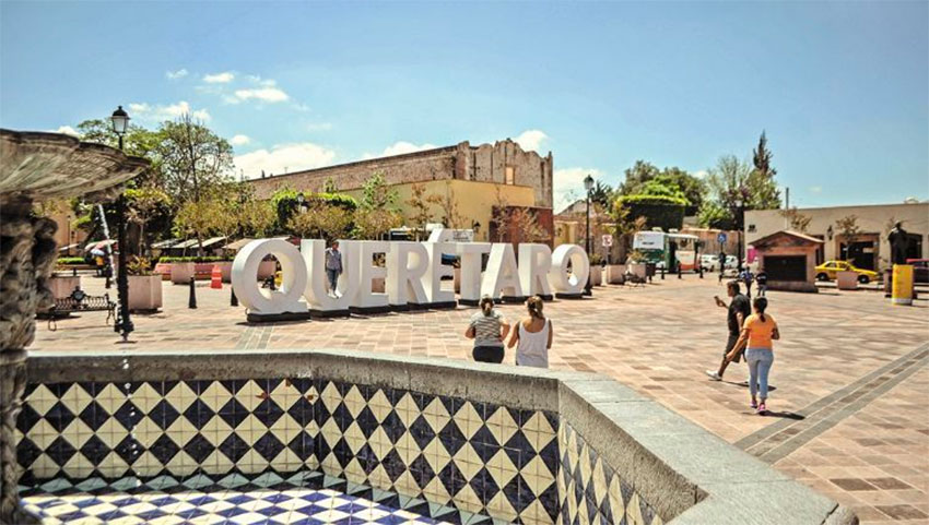 Parks, plazas and other outdoor public spaces in Querétaro will be permitted to reopen at 50% capacity.