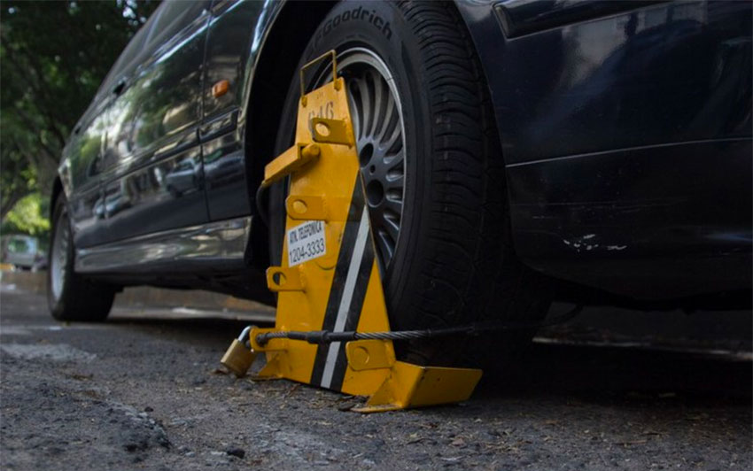 Tire clamps will be used on illegally parked vehicles in Metepec.