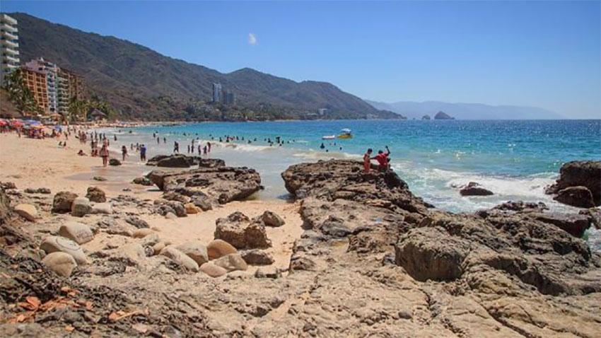 Puerto Vallarta seeks to bring back the tourists.