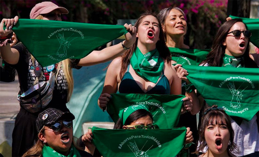 Women demonstrate in favor of abortion in Mexico City.