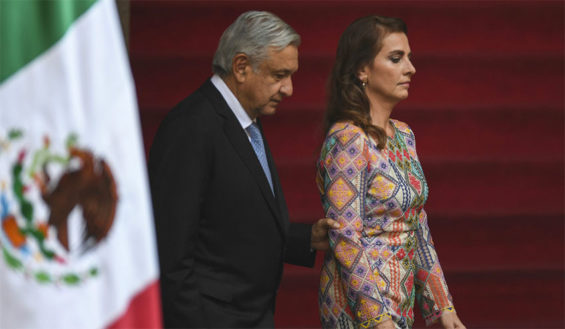 The president and Gutiérrez, who has been dubbed Witch of the Palace on Twitter.