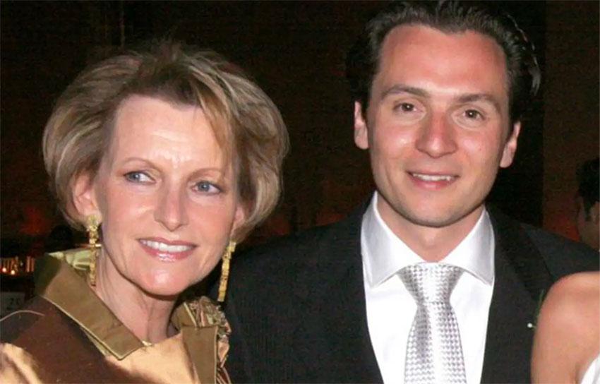 Lozoya and his mother, Gilda Austin.