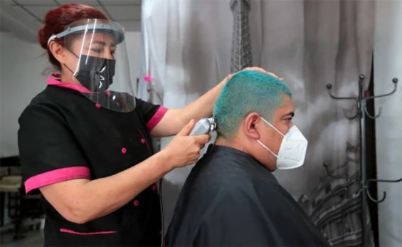 A hair salon in Mexico City in 'the new normal.'