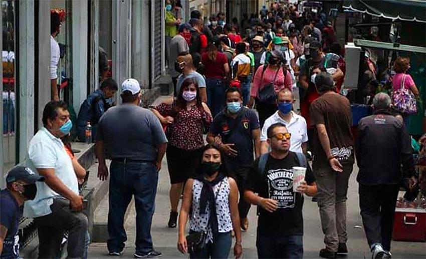 pedestrian congestion in Mexico City.