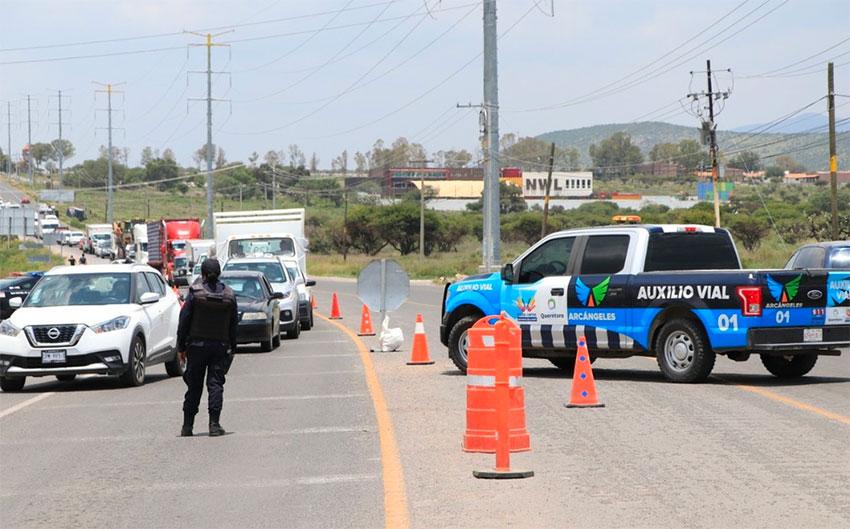 Roadside virus checks in San Miguel de Allende.
