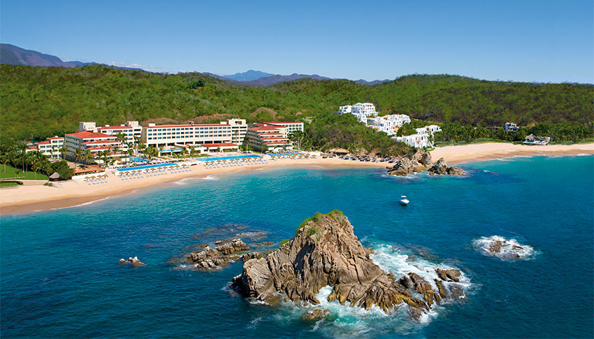 Dreams, one of several beach resorts in Huatulco.