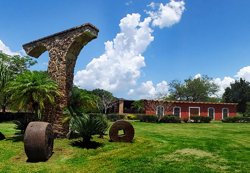 Hacienda Santa Quiteria is along the way to the archaeological ruins.