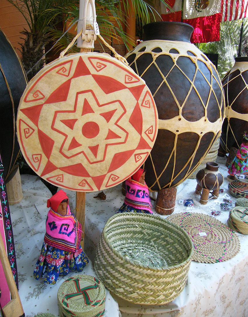Rarámuri crafts at the Feria de Maestros de Arte.
