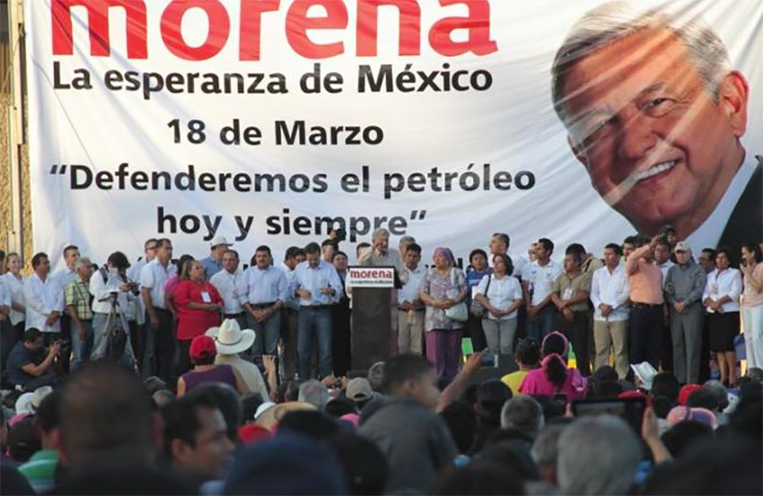 AMLO speaks out against energy reforms at a rally in Tabasco in 2014.