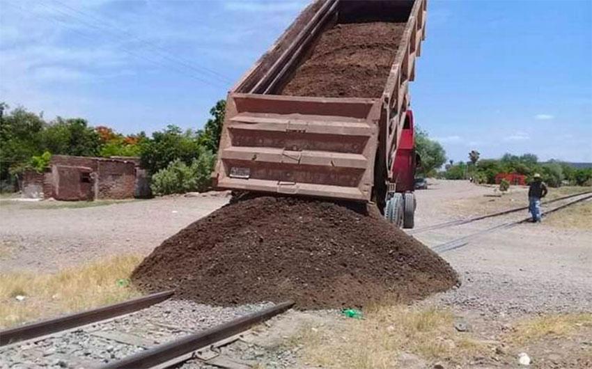 A rail blockade in Sonora.