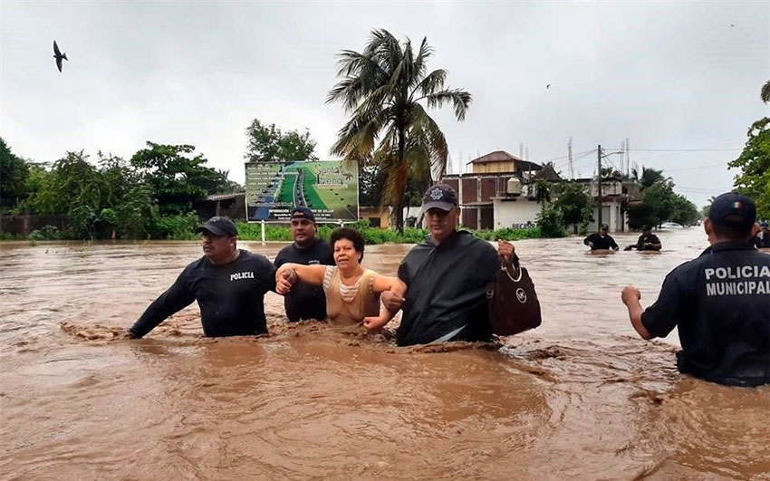 Four shelters have been opened for flood victims in Cihuatlán.