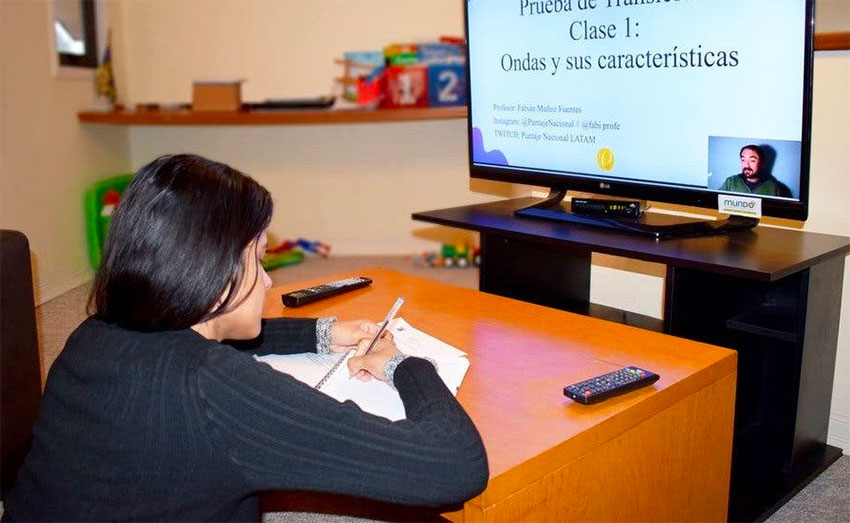 A student attends a virtual class on Monday.