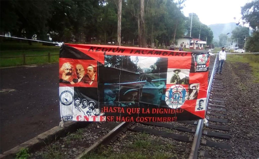 Railway blockades continue in Michoacán this week.