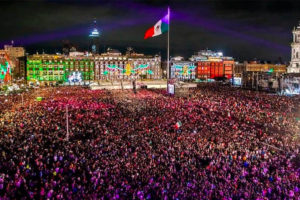 The Cry of Independence in Mexico City — the way it should be.