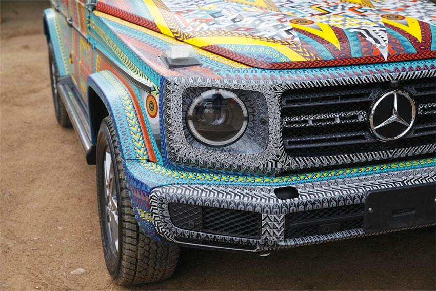 Mercedes new paint job,Zapotec style.