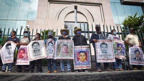 Parents of the 43 missing students protested at the Federal Judicial Council on Thursday