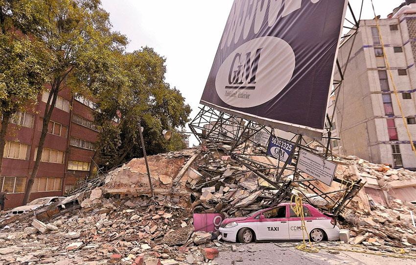 Quake damage in Mexico City.