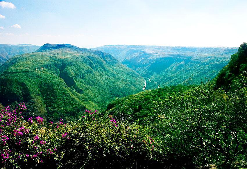 Not far from urban Guadalajara lies pristine Huentitán Canyon.