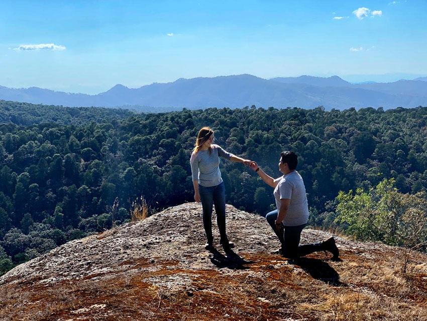 Josué Gutiérrez proposes marriage atop one of the Enchanted Rocks of the Mazati Wilderness.