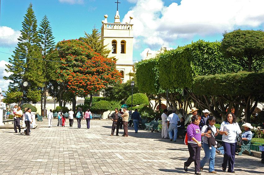 La plaza principal del Pueblo Mágico de Chiapas de Comitán.
