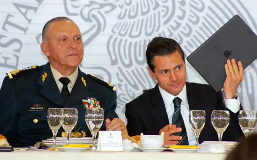 Former defense minister Cienfuegos and Peña Nieto.