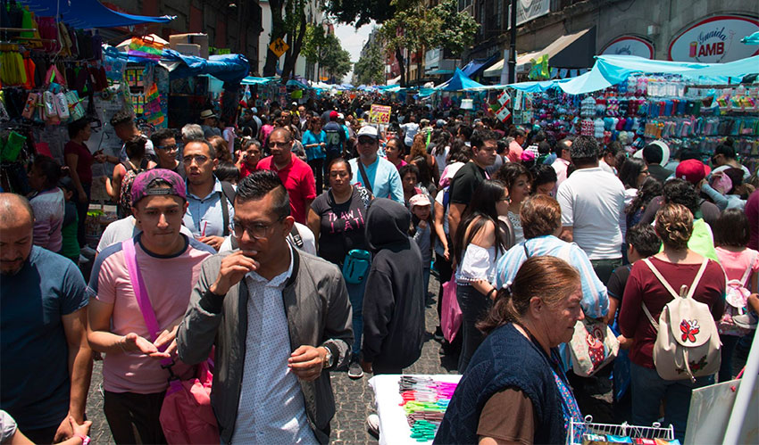 mexico city crowds