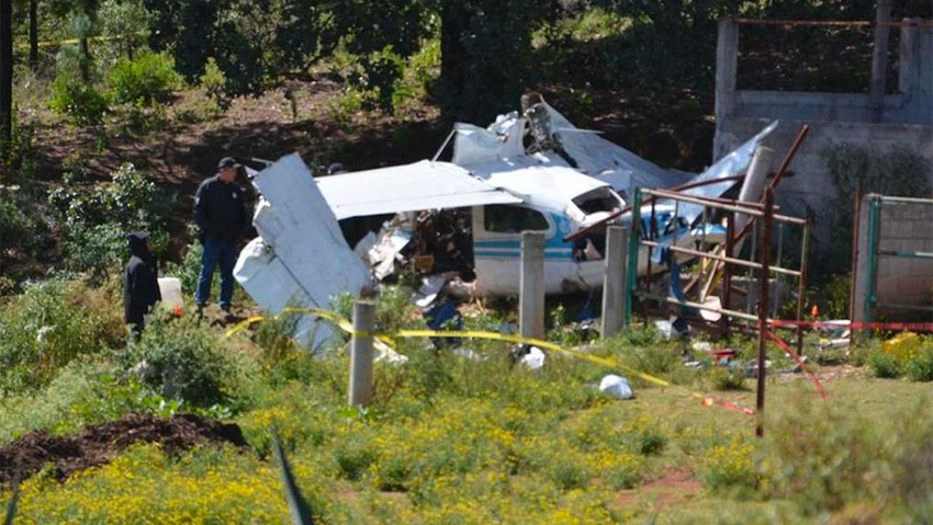 Wreckage of the plane that crashed Tuesday in Querétaro.