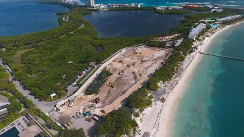 Site of the proposed Hotel Riviera Cancún.