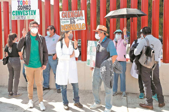 Scientific researchers and students protest in Mexico City Thursday.
