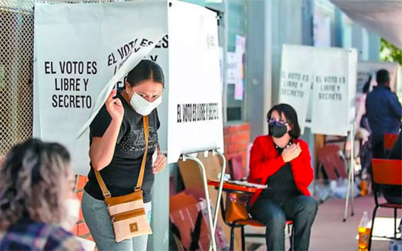 Voters went to the polls in Coahuila and Hidalgo on Sunday.