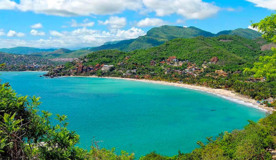 Traveling to Zihuatanejo looks inviting regardless of Covid-19.