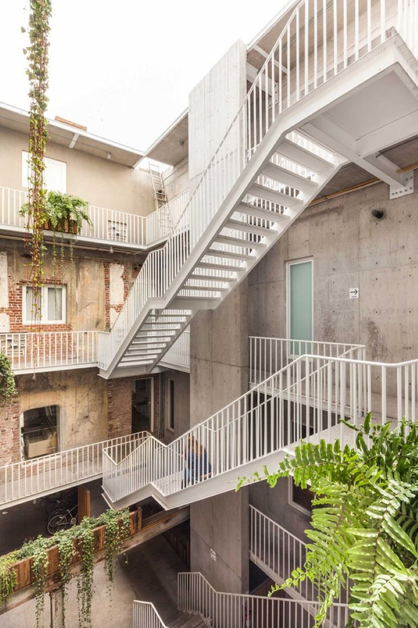 Reurbano seeks out historic buildings with unique character like this once abandoned building in Mexico City's Roma neighborhood
