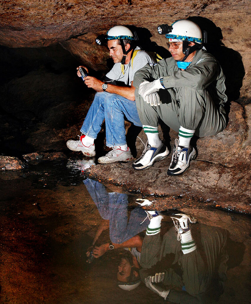 Histoplasmosis spores can travel long distances, even in very wet caves.