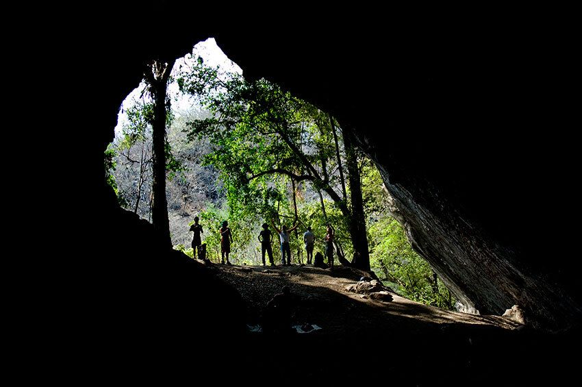 Thirty people are said to have died after entering Paso Real Cave in Jalisco.