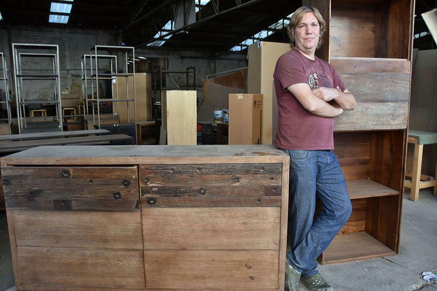 Jose Eskawratz, fundador de la empresa exportadora de muebles Mexsol.