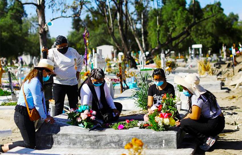 mourners-1.jpg