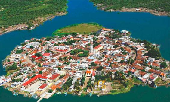 The island town of Mexcaltitan, a new Pueblo Mágico.