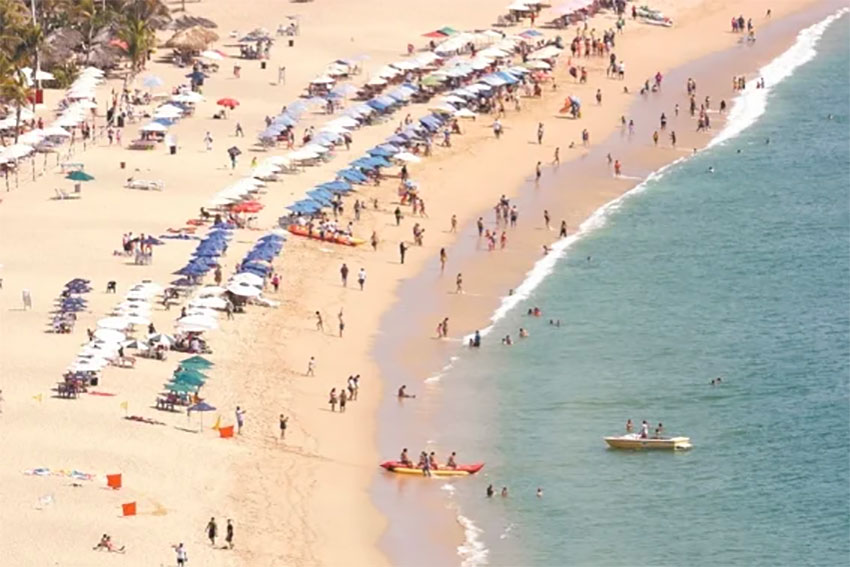 Acapulco welcomed 600,000 visitors during the Christmas vacation period.